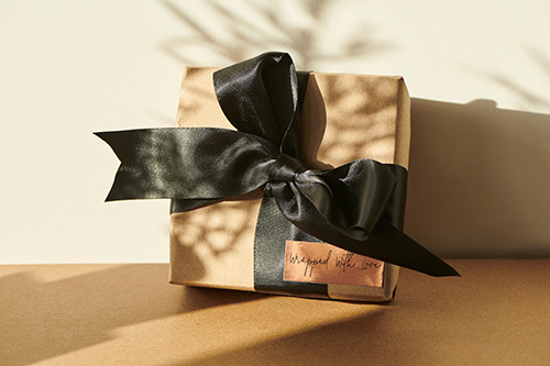 gift-wrapping.jpg?mtime=20201203133739#asset:17321